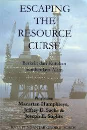 Sekilas tentang Buku Berkelit dari Kutukan Sumber Daya Alam