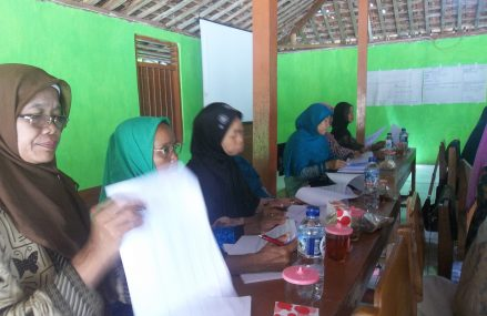 Kelompok Perempuan 'Sumber Rejeki' Berhasil Ikut Musrenbangcam Playen