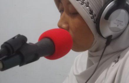 Perempuan Gunungkidul : Mengabarkan Informasi Melalui Udara